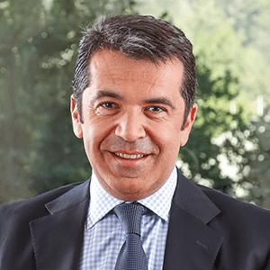 Renzo Corona